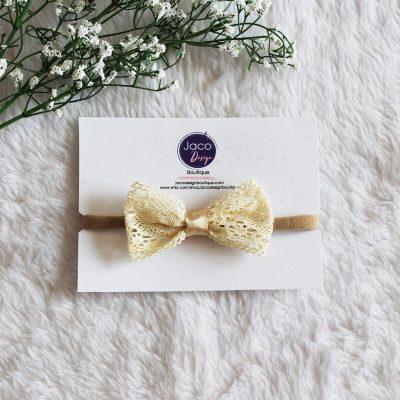 Bandeau en nylon - Arc en dentelle - Dentelle crochetée - Bandeau de bébé - Couleur beige1